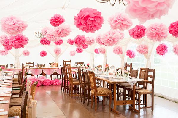 พู่กระดาษ ดอกไม้กระดาษ มีหลากหลายสี ขนาด 8 -10นิ้วราคาส่ง แพคละ50ลุกต่อไซต์