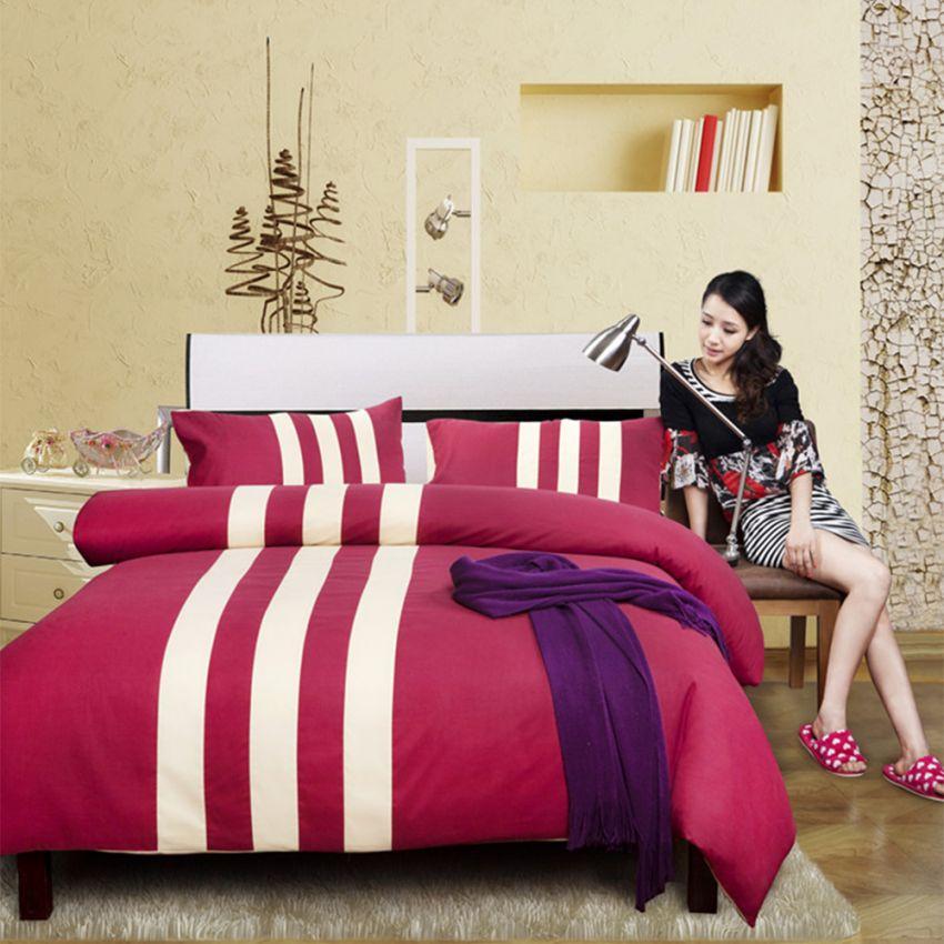 ชุดผ้าปูที่นอน 5 ฟุต cotton 100% แบบ sport ลายคาด ครบเซ็ต 4 ชิ้น รวมปลอกผ้านวม - สีแดง