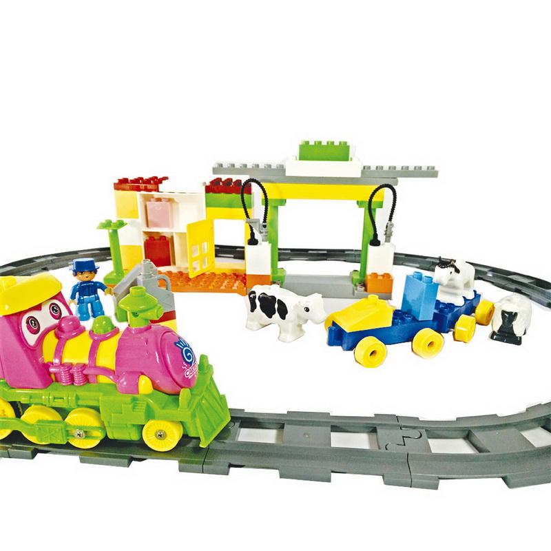 ชุดตัวต่อรถไฟ colorful  ชุดนี้สีสันสดใส สำหรับเด็กเล็ก น่ารักมาก มีเสียงค่ะ