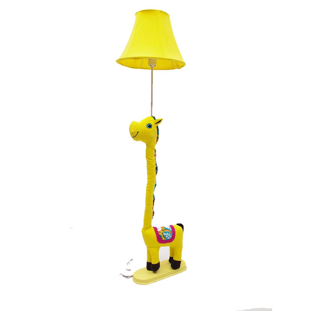 โคมไฟตั้งพื้น รูปม้า สีเหลือง